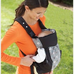 infantino Other - Infantino Infinity 5-in-1 baby carrier
